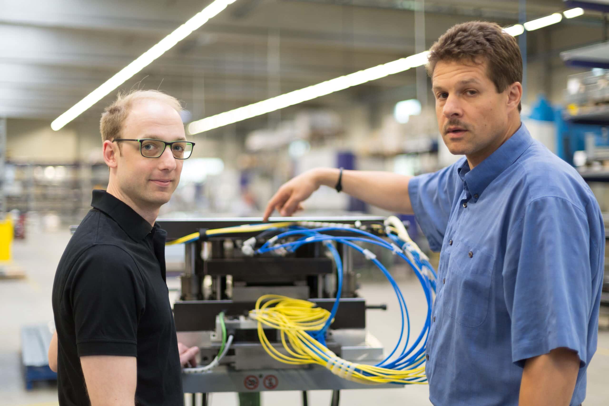 Geschäftsführer Markus Bläser von MB Software und Craig Jones